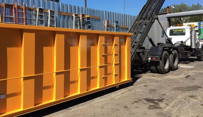 Estero-Fort Myers Waste Dumpster Rentals Services-We Offer Residential and Commercial Dumpster Removal Services, Portable Toilet Services, Dumpster Rentals, Bulk Trash, Demolition Removal, Junk Hauling, Rubbish Removal, Waste Containers, Debris Removal, 20 & 30 Yard Container Rentals, and much more!