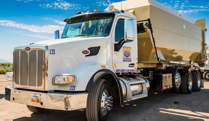 North Fort Myers-Fort Myers Waste Dumpster Rentals Services-We Offer Residential and Commercial Dumpster Removal Services, Portable Toilet Services, Dumpster Rentals, Bulk Trash, Demolition Removal, Junk Hauling, Rubbish Removal, Waste Containers, Debris Removal, 20 & 30 Yard Container Rentals, and much more!