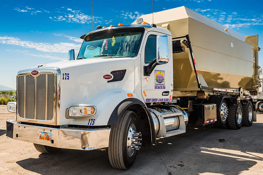 North Fort Myers-Fort Myers Waste Dumpster Rentals Services-We Offer Residential and Commercial Dumpster Removal Services, Portable Toilet Services, Dumpster Rentals, Bulk Trash, Demolition Removal, Junk Hauling, Rubbish Removal, Waste Containers, Debris Removal, 20 & 30 Yard Container Rentals, and much more!