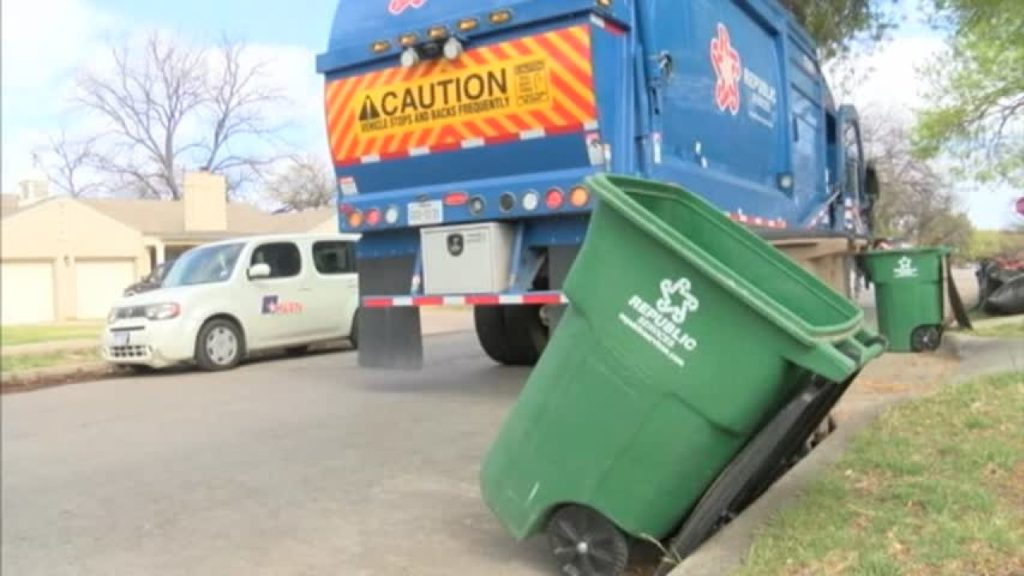 Bulk pick-ups-Fort Myers Waste Dumpster Rentals Services-We Offer Residential and Commercial Dumpster Removal Services, Portable Toilet Services, Dumpster Rentals, Bulk Trash, Demolition Removal, Junk Hauling, Rubbish Removal, Waste Containers, Debris Removal, 20 & 30 Yard Container Rentals, and much more!