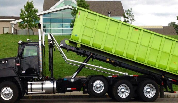 Commercial dumpster rental companies-Fort Myers Waste Dumpster Rentals Services-We Offer Residential and Commercial Dumpster Removal Services, Portable Toilet Services, Dumpster Rentals, Bulk Trash, Demolition Removal, Junk Hauling, Rubbish Removal, Waste Containers, Debris Removal, 20 & 30 Yard Container Rentals, and much more!