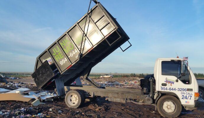 Commercial junk removal companies-Fort Myers Waste Dumpster Rentals Services-We Offer Residential and Commercial Dumpster Removal Services, Portable Toilet Services, Dumpster Rentals, Bulk Trash, Demolition Removal, Junk Hauling, Rubbish Removal, Waste Containers, Debris Removal, 20 & 30 Yard Container Rentals, and much more!