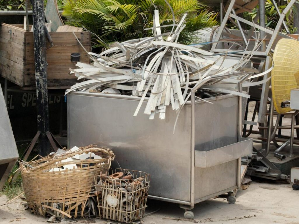 Cost for junk removal-Fort Myers Waste Dumpster Rentals Services-We Offer Residential and Commercial Dumpster Removal Services, Portable Toilet Services, Dumpster Rentals, Bulk Trash, Demolition Removal, Junk Hauling, Rubbish Removal, Waste Containers, Debris Removal, 20 & 30 Yard Container Rentals, and much more!