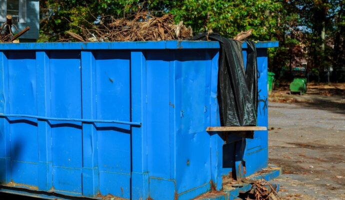 Dumpster rental 40 yard-Fort Myers Waste Dumpster Rentals Services-We Offer Residential and Commercial Dumpster Removal Services, Portable Toilet Services, Dumpster Rentals, Bulk Trash, Demolition Removal, Junk Hauling, Rubbish Removal, Waste Containers, Debris Removal, 20 & 30 Yard Container Rentals, and much more!