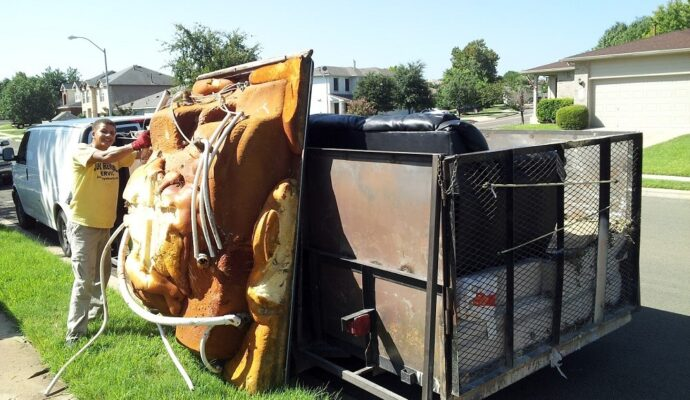 Evection trash outs-Fort Myers Waste Dumpster Rentals Services-We Offer Residential and Commercial Dumpster Removal Services, Portable Toilet Services, Dumpster Rentals, Bulk Trash, Demolition Removal, Junk Hauling, Rubbish Removal, Waste Containers, Debris Removal, 20 & 30 Yard Container Rentals, and much more!