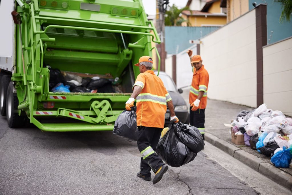 Garbage removal-Fort Myers Waste Dumpster Rentals Services-We Offer Residential and Commercial Dumpster Removal Services, Portable Toilet Services, Dumpster Rentals, Bulk Trash, Demolition Removal, Junk Hauling, Rubbish Removal, Waste Containers, Debris Removal, 20 & 30 Yard Container Rentals, and much more!