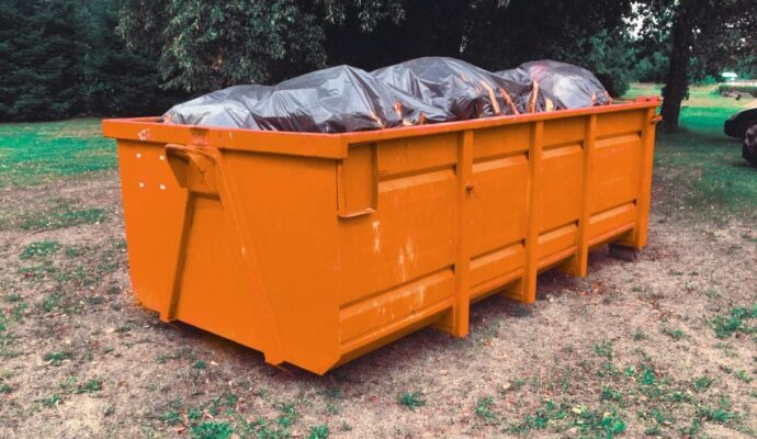 How much is a dumpster rental-Fort Myers Waste Dumpster Rentals Services-We Offer Residential and Commercial Dumpster Removal Services, Portable Toilet Services, Dumpster Rentals, Bulk Trash, Demolition Removal, Junk Hauling, Rubbish Removal, Waste Containers, Debris Removal, 20 & 30 Yard Container Rentals, and much more!