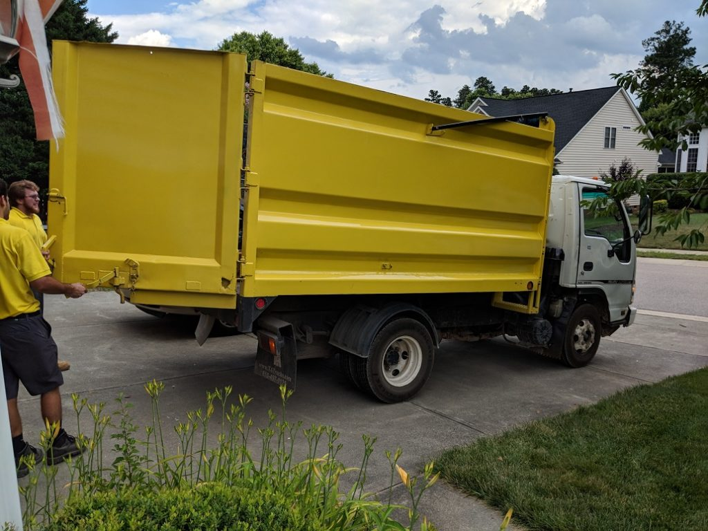 Junk removal business-Fort Myers Waste Dumpster Rentals Services-We Offer Residential and Commercial Dumpster Removal Services, Portable Toilet Services, Dumpster Rentals, Bulk Trash, Demolition Removal, Junk Hauling, Rubbish Removal, Waste Containers, Debris Removal, 20 & 30 Yard Container Rentals, and much more!