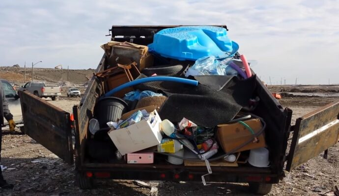 Junk removal near me-Fort Myers Waste Dumpster Rentals Services-We Offer Residential and Commercial Dumpster Removal Services, Portable Toilet Services, Dumpster Rentals, Bulk Trash, Demolition Removal, Junk Hauling, Rubbish Removal, Waste Containers, Debris Removal, 20 & 30 Yard Container Rentals, and much more!