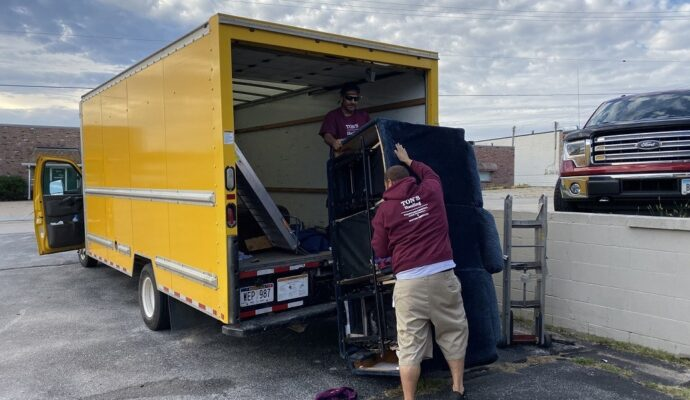 Junk removal prices-Fort Myers Waste Dumpster Rentals Services-We Offer Residential and Commercial Dumpster Removal Services, Portable Toilet Services, Dumpster Rentals, Bulk Trash, Demolition Removal, Junk Hauling, Rubbish Removal, Waste Containers, Debris Removal, 20 & 30 Yard Container Rentals, and much more!