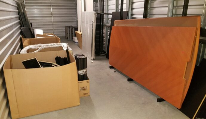 Public storage cleanouts-Fort Myers Waste Dumpster Rentals Services-We Offer Residential and Commercial Dumpster Removal Services, Portable Toilet Services, Dumpster Rentals, Bulk Trash, Demolition Removal, Junk Hauling, Rubbish Removal, Waste Containers, Debris Removal, 20 & 30 Yard Container Rentals, and much more!