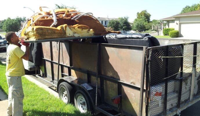 Residential dumpster rental companies-Fort Myers Waste Dumpster Rentals Services-We Offer Residential and Commercial Dumpster Removal Services, Portable Toilet Services, Dumpster Rentals, Bulk Trash, Demolition Removal, Junk Hauling, Rubbish Removal, Waste Containers, Debris Removal, 20 & 30 Yard Container Rentals, and much more!